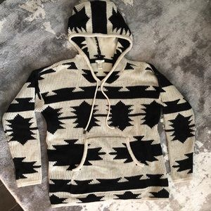 F21 Cream Black Aztec Print Sweater Hoodie M